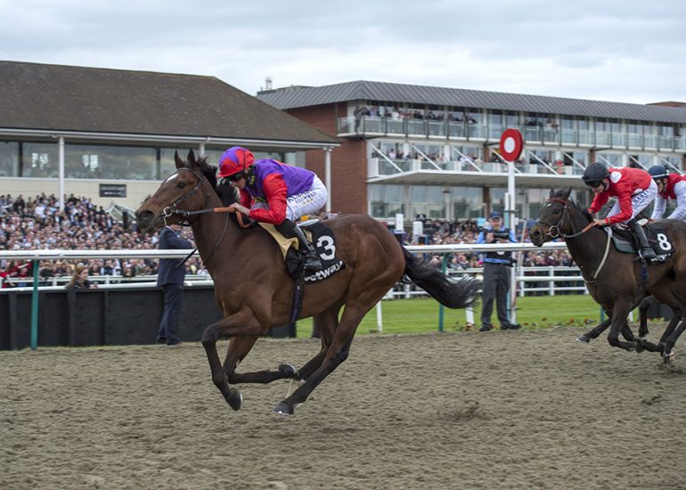 Convey clears away in Easter Classic